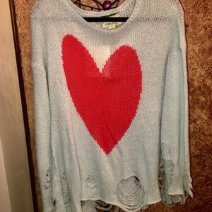 BRAND NEW WITH TAG WILDFOX HEART SWEATER
